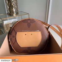 Wholesale box posts resale online - Designer posting Top metarial Boite Chapeau Souple Crossbody shoulder messenger Real leather bags evening bag Lady wallet with box
