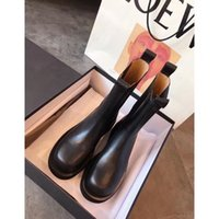 Wholesale mixed size shoes resale online - Women Designer Boots Martin Desert Boot Flamingos Love Arrow Real Leather Medal Coarse Non Slip Winter Shoes Size US5