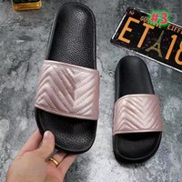 New hot men's and women's sandals and slippers slide in summer wide flat bottom high quality women's sandals and slippers with box type dust