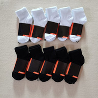 mens socks Wholesale Sell at least 12 pairs Classic black white Women Men High Quality Letter Breathable Cotton Sports Ankle sock Elastic No need to wait, spot delivery