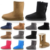 botas de moda para mujer al por mayor-Mujeres Snow Boots Fashion Winter Boot Classic Mini Tobillo Corta Ladies Girls Para Mujer Botines Triple Negro Castaño Azul marino