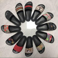 Wholesale slipper men resale online - designer flip flops Men Women Sandals Designer Shoes Slide Summer Fashion Wide Flat Slippery Sandals Slipper Flip Flop