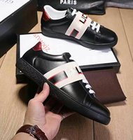 Wholesale discounted sneakers for men resale online - 2020 Discount Shoes Chaussures Fashion Luxury Designer Womens Black White Sneakers For Men Women Casual