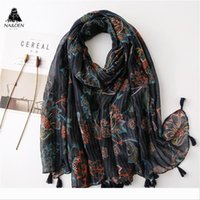 Wholesale new fashion hijab turban scarf resale online - Designer New women muslim hijabs fashion stripe flower print scarf with tassels hijab kaleidoscopic shawl soft turban hot sale