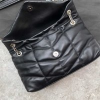 2019Fashionable ladies handbags, shoulder bags, made of lambskin, soft and delicate, feel like embracing clouds, matte matte hardware