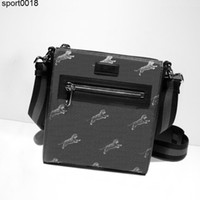 Men s bag Men Tote Boston Totes Fashion men Shoulder Messenger Bag Belt Backpack Mini Luggage Lifestyle Bag Boston Tote