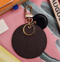 Sale Hot Round Designer Letter High Quality Key Chain Accessories Unisex Key Ring PU Leather Alphabet Pattern Car Keychain Jewelry
