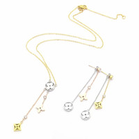 Europe America Fashion Style Jewelry Sets Lady Women Hollow Out Three Flower With Diamond Initials Necklace Earrings Sets (1Sets)