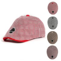 Wholesale monkey hat resale online - mvzTv British cotton outdoor hat monkey design children s star stripe beret duck tongue painter Beret
