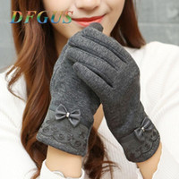 Wholesale ladies fashion lace gloves resale online - Touch Screen Winter Gloves Women Lace Bow Gloves Female Ladies Girls Fashion Mittens Wool Glove Mitten Winter Guantes Gift
