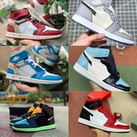 zapatos retro jordan al por mayor-2019 Nike Air Jordan 1 retro jordans  Zapatillas de baloncesto Travis Scotts Turbo Green Origen Historia Gs Prohibido NRG Rebel XX Unión Retros 1s Unc Blanco Azul Zapatos