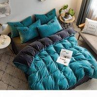 Wholesale 2020 New magic velvet Fleece bedding set set stripe duvet cover flat sheet pillowcase AB side flannel winter warm bed linen