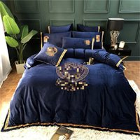Wholesale king size bedding sets animals for sale - Group buy Designers Luxurious Bedding Sets Fashion King Queen Size Bedding Sets Bed Sheets Comforter Cover Soft Bed Comforters Sets Warm