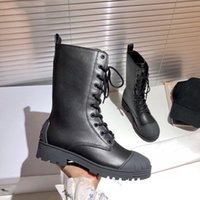 Wholesale ladies platform ankle boots for sale - Group buy Winter new ladies leather platform low heeled black shell toe all match fashionable light weight and comfortable Martin boots