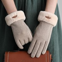 Wholesale hand gloves for ladies resale online - Women s Winter Gloves Touch Screen Cashmere Warm Hand Gloves for Women Outdoor Black Driving Ladies Leather Guantes Cheap