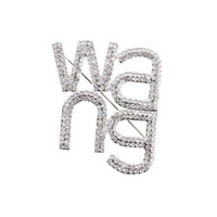 Shiny rhinestone women Wang letter pin brooch trending fashion jewelry brooches 201009