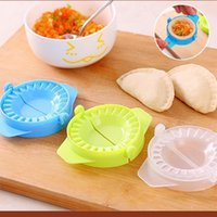 Wholesale diy plastic molds resale online - New DIY Dumplings Maker Tool Plastic Jiaozi Pierogi Mold cm Dumpling Mold Clips Baking Molds Pastry Kitchen Tools Accessories DBC BH4228