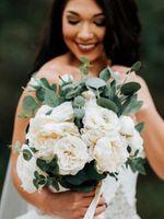 Ivory Rose Eucalyptus Artifical Bridal Bouquet Bridesmaid Flower Silk flowers Wedding Accessory Party Decoration De Mariage