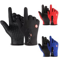 Wholesale snow gloves men resale online - Waterproof Winter Warm Gloves Men Ski Gloves Snowboard Motorcycle Riding Winter Touch Screen Snow Windstopper Glove
