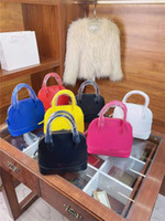 Ladies luxury brand handbag 2021 high-end fashion bags Seven colors to choose from, a versatile bag Size: Medium 20cm Small 15cm Handbags with good materials and feel