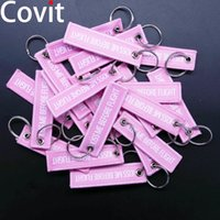Wholesale label keychains for sale - Group buy 20pcs Size7 cm Keychains Aviation Gift Kiss Me Before Flight Warning Men Pendant Duplex Woven Label Women Car Key Ring