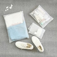 maquillage clair achat en gros de-PUDORÉ 1 PC PC TRANSPARENT COSMETIC SAC PVC Clear Clear Travel Case Femmes Zipper Maquillage Make Up Organisateur Stockage KosMetCzka