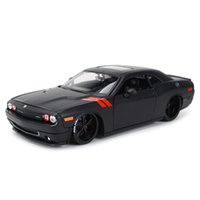 Maisto 1:24 2008 Dodge Challenger Sports Car Static Die Cast Vehicles Collectible Model Car Toys Y1130