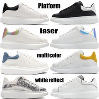 zapatos arco iris  al por mayor-Top Fashion Platform Mens Casual Zapatos Triple Blanco Reflect Negro Multi Color Tail Silver Silver Leche Rainbow Men Mujer Zapatillas de deporte Entrenadores