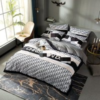 Wholesale european fashion bedding resale online - Full letter designer bedding sets cover for home king size bed comforters sets hot sale queen size bedding sheet fashion duvet cover set