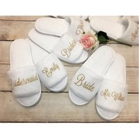 Discount bride shoes designer Personalized Wedding Slippers glitter gold Bride Slippers Bridesmaid Gifts Custom Print Shoes Bachelorette Party Favors Open Toe