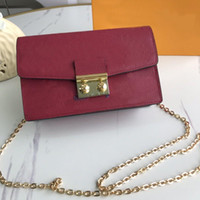 new quality famous Brandss Classic designer new fashion women or Men messenger bags cross body bag school bookbag purse bag M62020