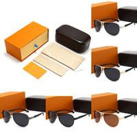 Brand Design Luxury Sunglasses for Mens 5Colors Fashion Classic UV400 High Quality Summer Outdoor Driving Beach Leisure