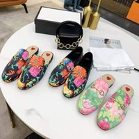 Genuine leather men slippers soft cowhide Lazy women shoes mules Classic lady Metal beach slipper size34-46