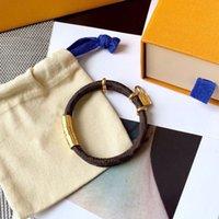 Womens Leather Bracelet Keep It Twice Love Bracelets Gold Buckle Padlock With Letter Flower Couple Women Chain Link 2021