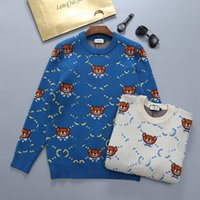 Full Letter Jacquard Unisex Sweaters Cute Bear Pattern Men Women Sweater Christmas Day Gift for Couple Warm Hoodies