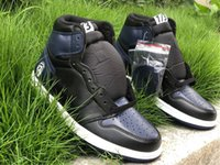 Discount good outdoor basketball shoes Jumpman 1 HIGH OG BLACK basketball shoes good quality genuine leather sport outdoor sneakers full size 40-47.5 with box