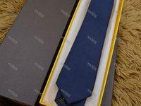 High quality silk Plaid tie men's casual 8 cm vintage plaid tie fashion classic tie gift box 18 style V99-05