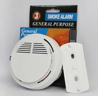 baterías de alarma de casa al por mayor-Detector de humo Alarmas Sistema Sensor Alarma de incendio Detached Detectores inalámbricos Seguridad en el hogar Alta sensibilidad Estable LED 85DB 9V Batería