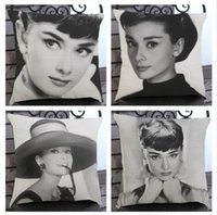 Películas De Hepburn Baratos-Hollywood Movie Star Audrey Hepburn Sofá Throw Pillows Retro Vintage Car Seat Cojín Funda Case Inicio Decorativo