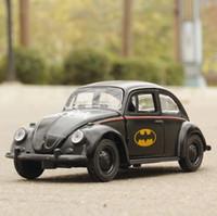 modelos de batman al por mayor-Alta simulación de coche 1:36 escala de aleación tire hacia atrás Batman Beetle Collection modelo de metal juguetes de regalo para niños modelo diecast coche