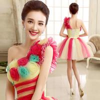 vestidos curtos de um ombro coloridos venda por atacado-Colorido moda vestido de baile de um ombro plissado curto tule vestido de baile com flores artesanais 2015 vestido de moderador