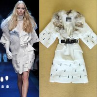 Wholesale Ladies Wool Blend Coats - in stock fashion winter Runway artificial fur collar coat Ladies women imitation beading overcoat Wool Blends Coat