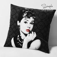 ingrosso copertine di hepburn di audrey-All'Aperto-Audrey Hepburn copertura del cuscino Creative nero Audrey Hepburn Breve peluche velluto federa federa alta qualità