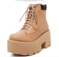 ingrosso tacco piattaforma marrone-Vendita calda stivali da combattimento piattaforma nera marrone stivaletti da donna scarpe tacco grosso scarpe da donna fashion designer stivali taglia 35 a 39