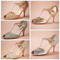 sapatos de bota de casamento marfim venda por atacado-2015 Blush Do Vintage Sapatos de Casamento de Prata de Ouro Marfim Menta Fechamento Da Fivela De Couro Partido Dança 3