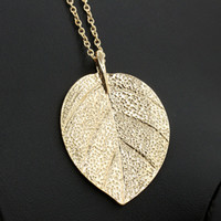 Wholesale gold metal leaf necklace - Simple European New Fashion Vintage Punk Gold Leaf Leaves Pendant Necklace Clavicle Chain Charm Jewelry Women Free Shipping E147