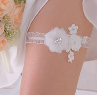 Wholesale Cheap Wedding Favors Free Shipping - New Arrival White Lace Garters Beaded Flowers Bridal Garters Cheap Elegant Wedding Acccessories Hotsale Lovely Wedding Favors Free Shipping