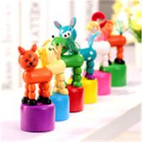 ingrosso canne da ballo-Giocattoli per bambini Giraffe danzanti in legno Giocattoli Nuovi bambini divertenti Educativi intellettuali possono essere distorti per i bambini Giocattolo animale a dondolo creativo