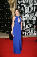 Navy Blue Nancy Ajram Keyhole Halter arabo Medio Oriente Sera abiti Red Carpet Criss Cross cinghie chiffon partito Prom Dresses celebrità