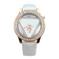 девушки, стянутые кожей оптовых-Модный бренд женская девушка Кристалл треугольник стиль циферблат кожаный ремешок кварцевые часы GS05